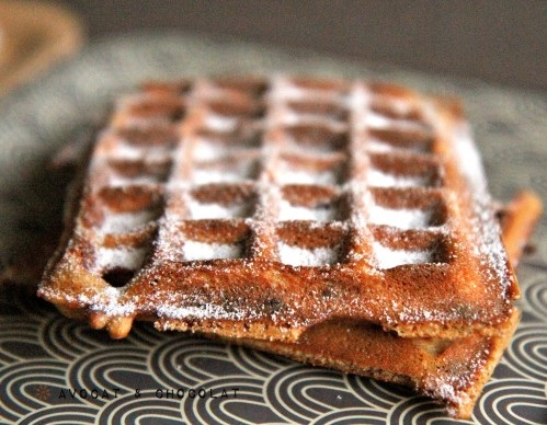 photo par http://avocatchocolat.over-blog.com/article-gaufres-express-yaourt-speculoos-chocolat-115252934.html